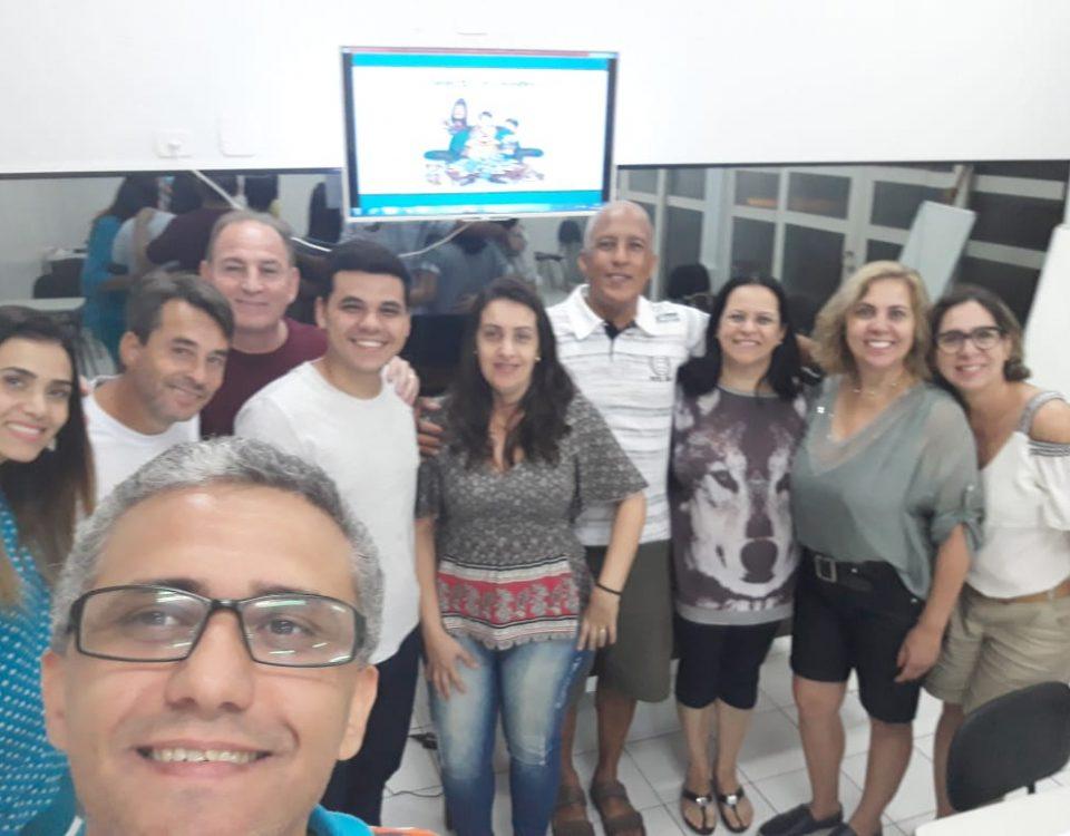 """1ª turma do curso """"Como chegar ao fim do mês?"""" e o ministrante Rodrigo Martins de Campos"""